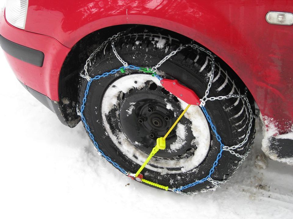 snow-chains-246258_960_720